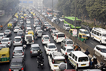 Diesel cabs go off the Delhi roads copy