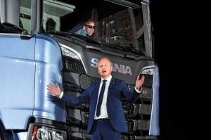 New Scania Paris 20160823 Foto: Rutger Andersson