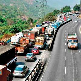Maharashtra Government restricts heavy vehicles