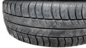 tires-1194010_1920-Cropped-copy