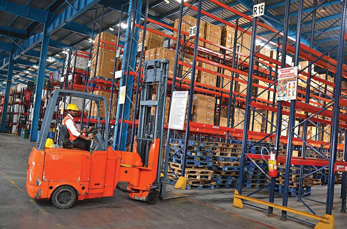 VRL orders 1200 AL trucks