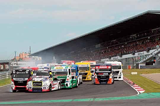 Adam Lacko shines at Nurburgring